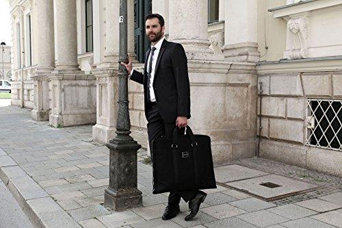 Kleidersack modern und männlich
