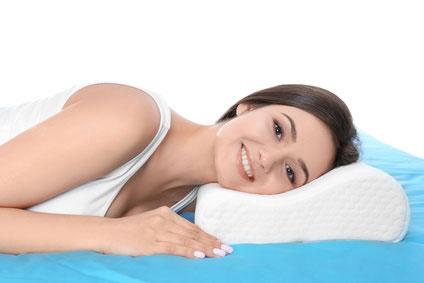 Kuschelige Betten mit passenden Kissen